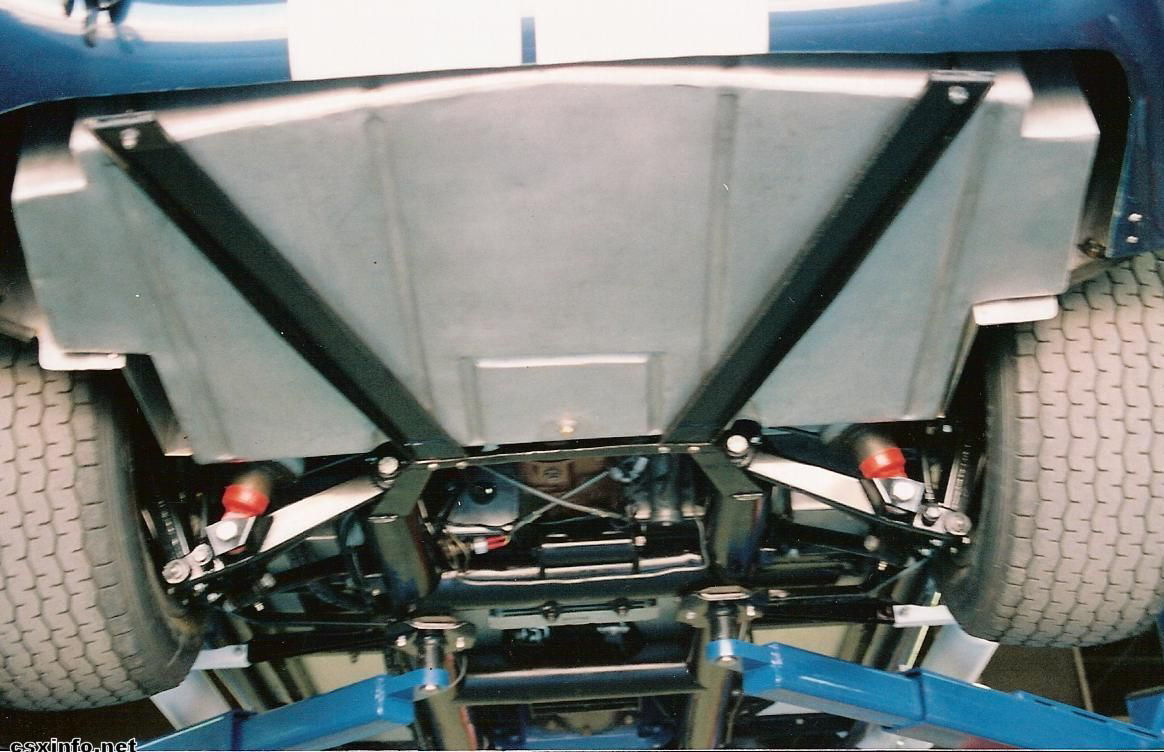 CSX3002_underside_tank