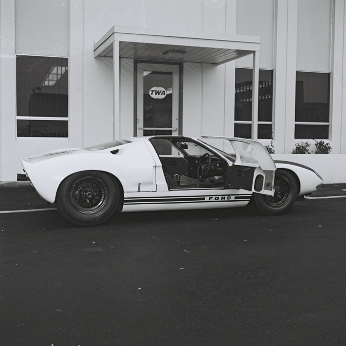 GT40_black