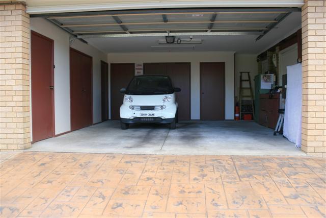 Club cobra garage update 1 for Garage seat guilherand granges