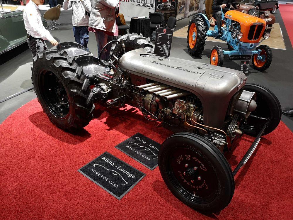 Lamborghini_tractor_show_car_2019