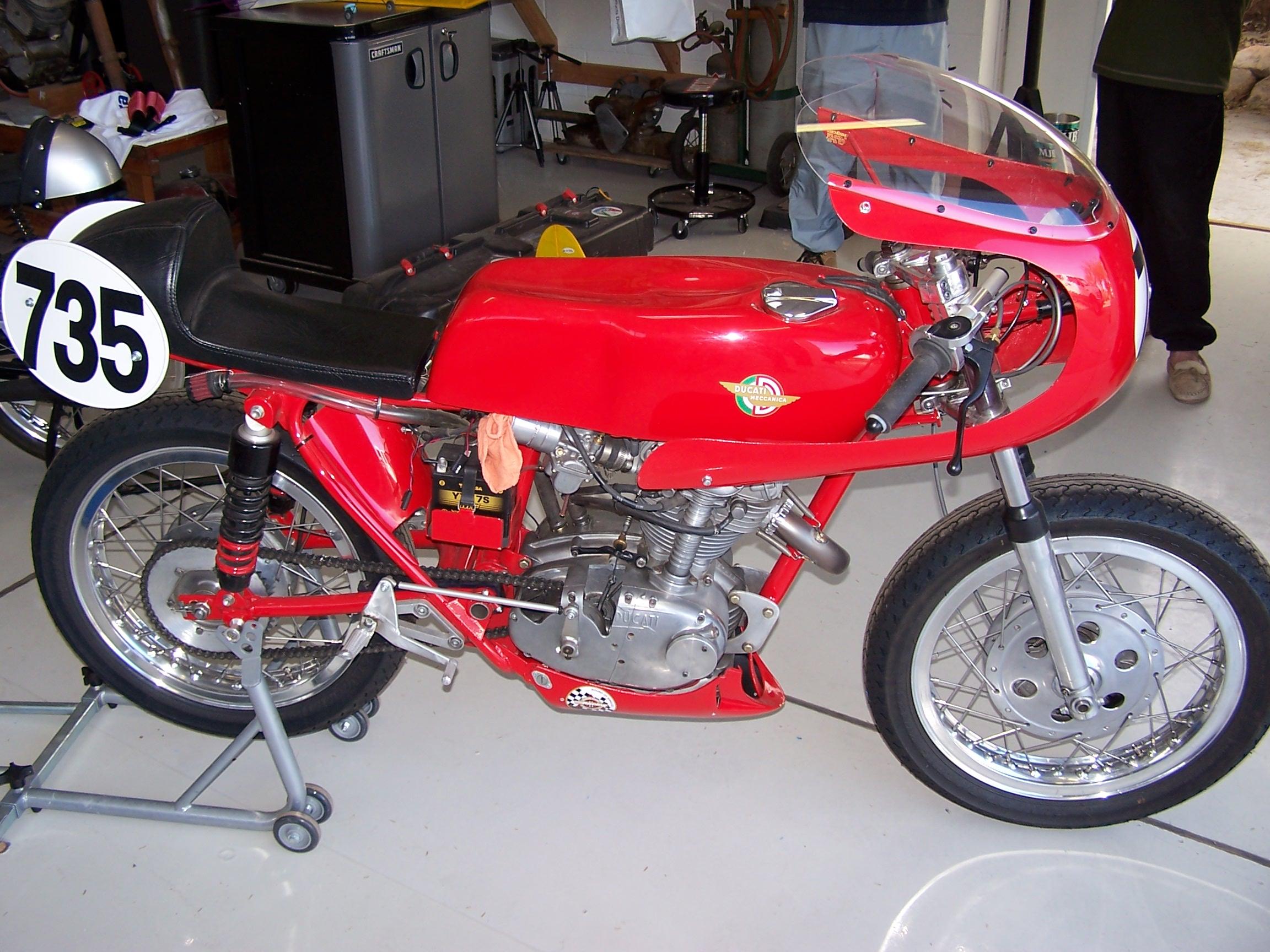 Vintage_Ducati_Racer