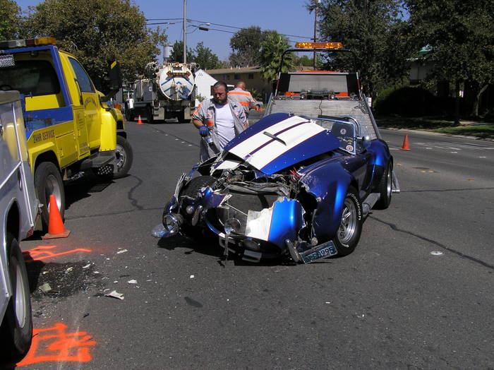 Wrecked Cobras - FFCars com : Factory Five Racing Discussion Forum